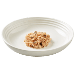 Isolated image of Reveal tuna cat food with mackerel on a plate